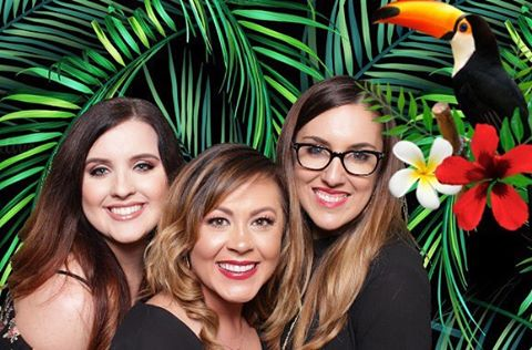 Oh Tropics How I Need Some Of You In My Life!  Until Then I'll Play With My Green Screen And Pretend I'm Soaking In Your Beauty!  Planning a tropic themed event??? Let Me Help You Set The Scene For Your Guests!  #texasphotobooth #photoboothrental #yulllovelufkin #nacogdochesphotobooth #lufkinphotography #lufkinphotobooth #thebigcheese #thebigcheesephotoboothco #photobooth #greenscreen #tropics