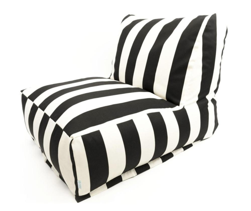 Black & White Outdoor Lounger