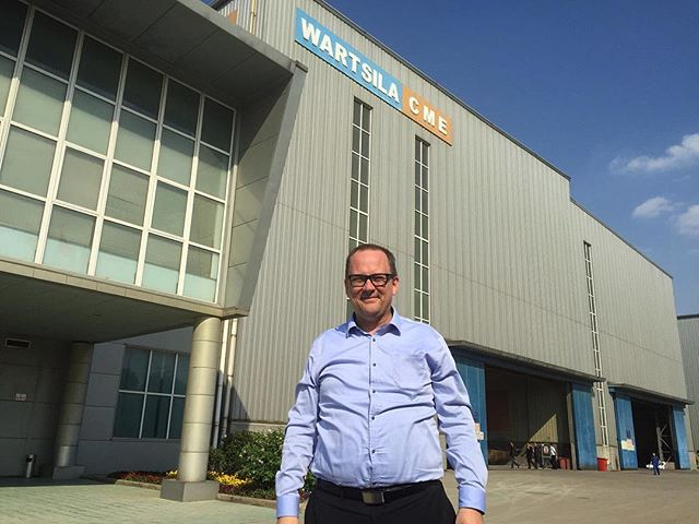 Tomas Häyry, The Mayor of Vaasa, is currently in China visiting local Li-ion battery factories and other important energy technology companies. Here in Wärtsilä Zhenjiang jv-factory.