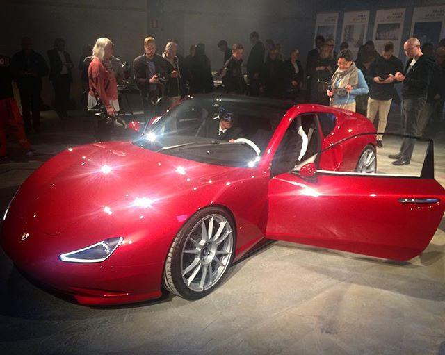 Finnish polytechnic Metropolia and Chinese company AET launhing an electric supercar Angelica.