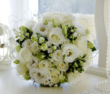 White-rose-lisi-and-bouvardia.jpg