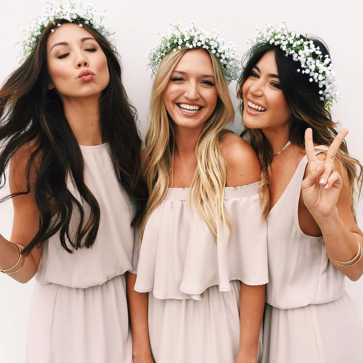 74584f820fc6be5d4415bff10e7f802d--funny-bridesmaids-bridesmaid-outfit.jpg