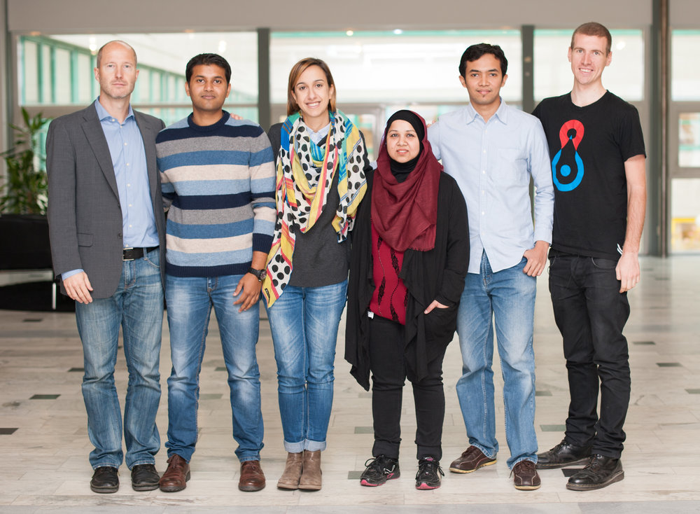 From left to right: Carsten, Niyaz, Enrichetta, Tahmina, Kadir, Matthias