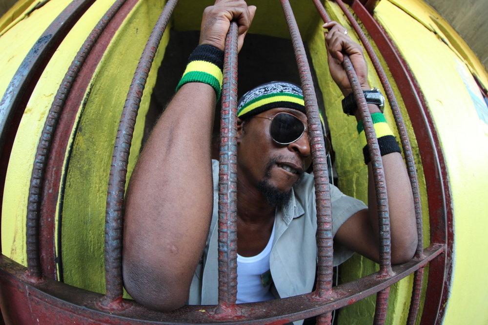 Filmstill aus:  Songs of Redemption  (Amanda Sans & Miquel Galofré, Jamaika/Spanien 2013)