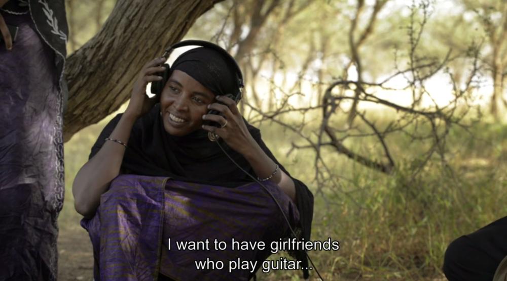 Filmstill aus: A Story of Sahel Sounds (Florian Kläger, Markus Milcke, Tobias Adam, Deutschland/Niger/USA 2016)
