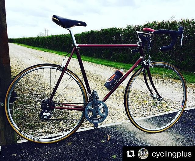 @cyclingplus out and about on the Sonnet Mk I road bike. #regram #columbusniobium #campagnolopotenza #harryrowlandwheels #nittofinishingkit #sanmarcorolls