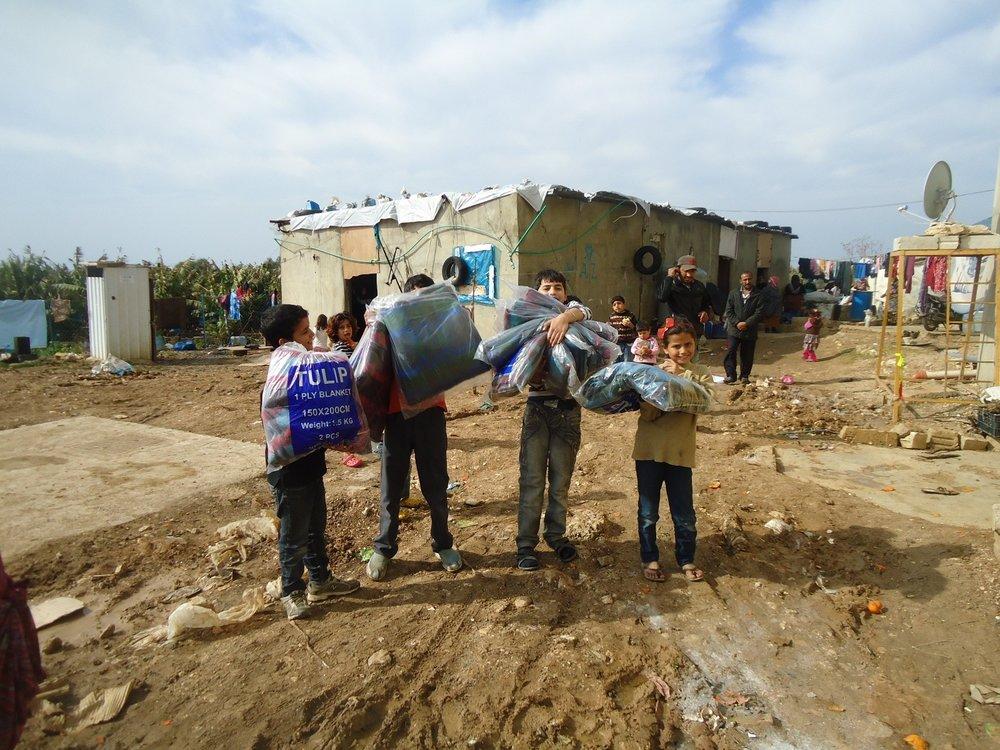 SWISS4SYRIA's Deckenverteilung vor dem Wintereinbruch