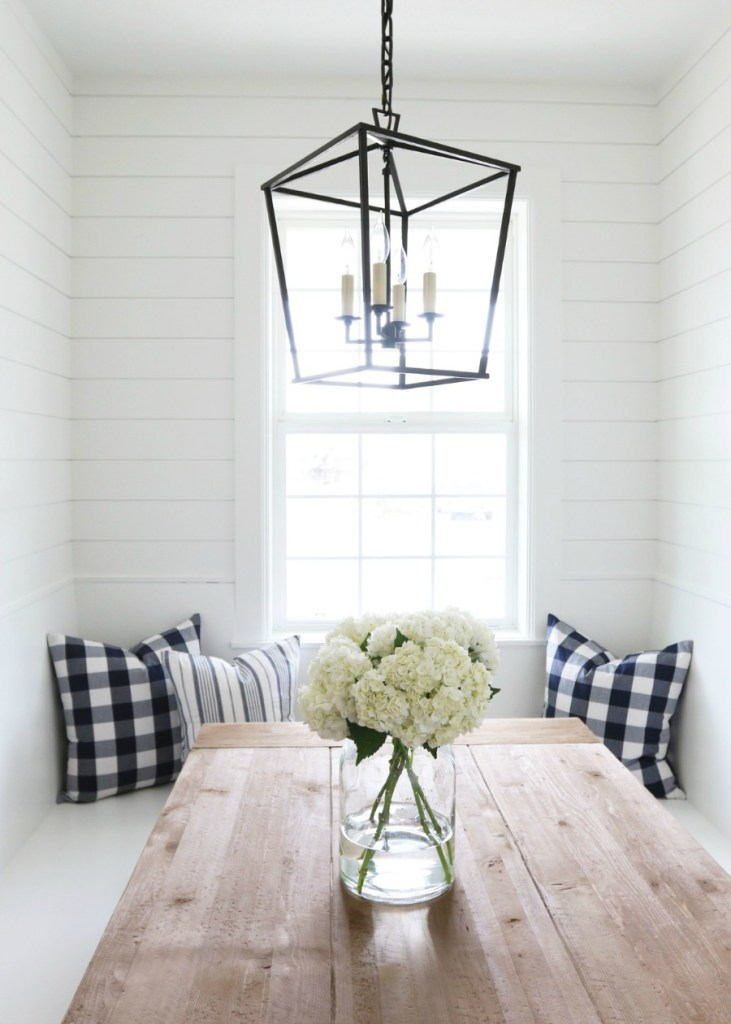 Shiplap-Banquette-Style-Seating-in-the-Kitchen.jpg