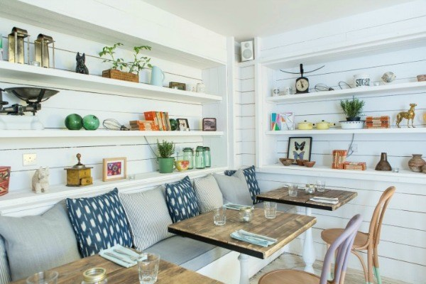 Is-Shiplap-a-fad-To-add-or-not-to-add-in-kitchen-banquette-4.jpg