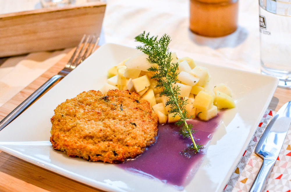 Meal 2 by Chef Nathan:Steak de Quinoa, légumes oubliés  (Quinoa,Panais, Céleri Rave, Navet Violet, Chou rouge,Oeuf, Basilic, Oignons, Farine,Fond de légumes)