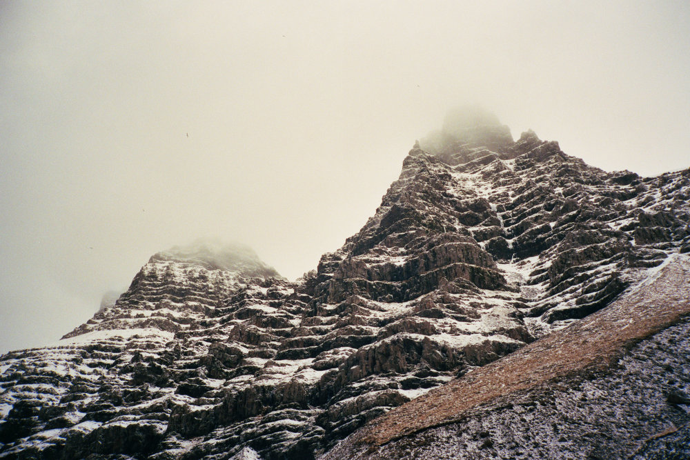 twin peaks - iceland