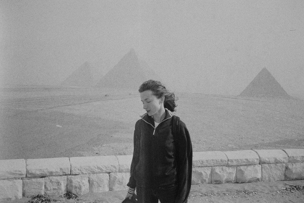 unimpressed - pyramids - egypt