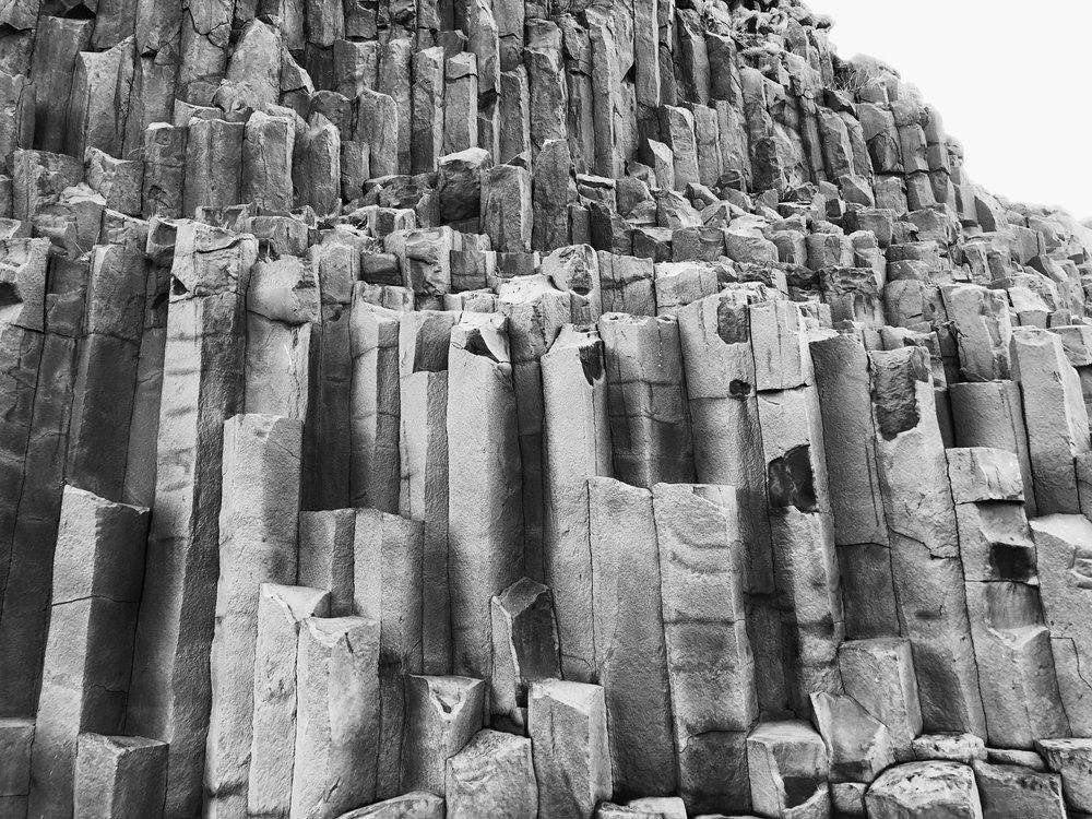 rock form - vik - iceland