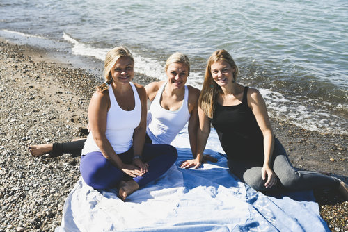 Blog Sisters - Mom farts yoga class hilarious story embarrassing might send shivers spine