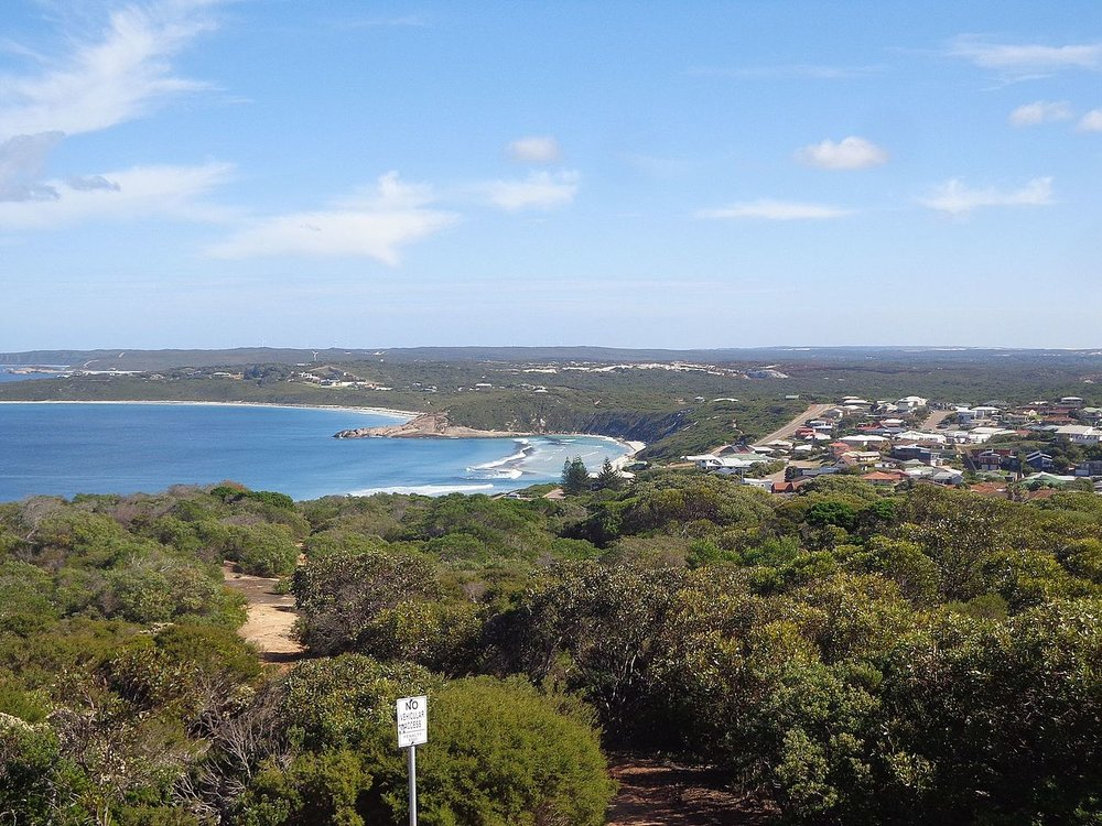West_Beach_viewed_from_Esperance_Rotary_Lookout.jpg