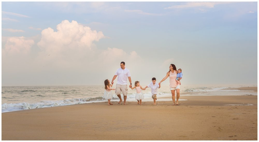 Virginia-Beach-Family-Photographer -7-2.jpg