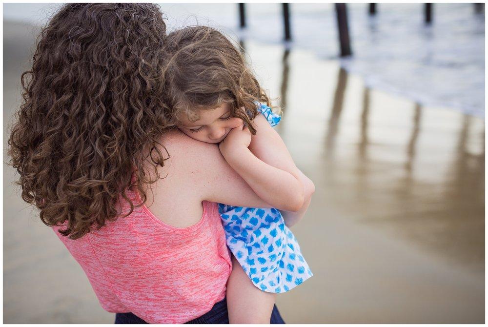 Virginia-Beach-Family-Photographer-3.jpg