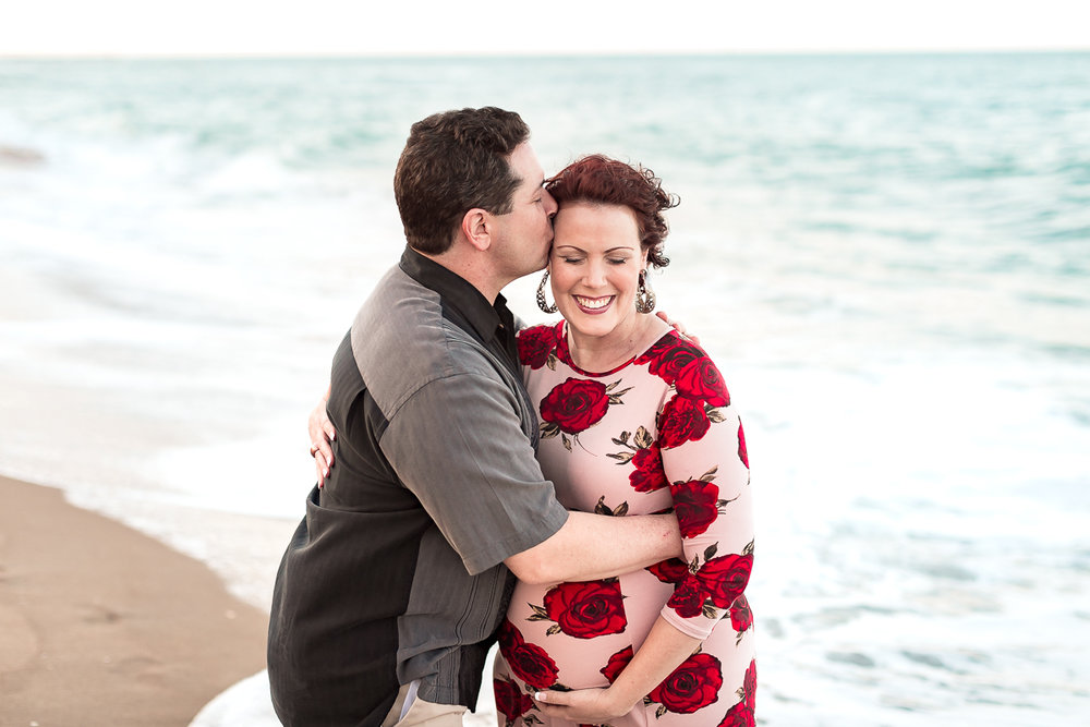 virginia-beach-maternity-photographer-5.jpg
