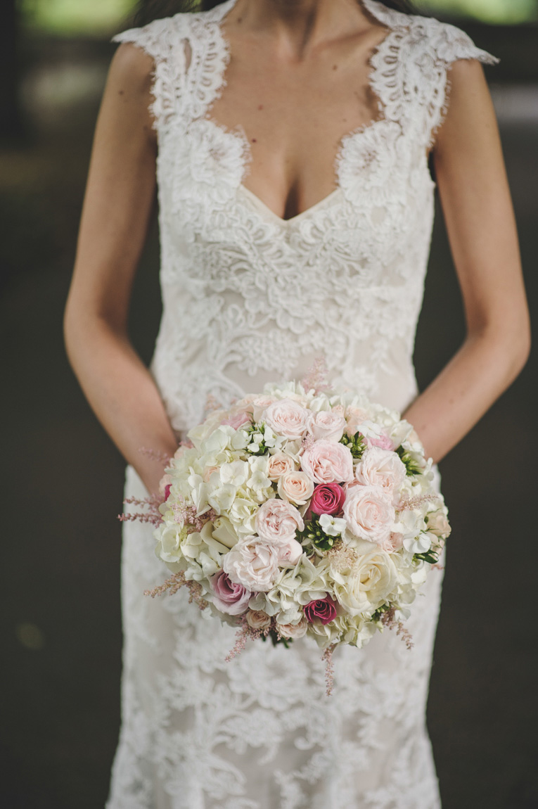 The beautiful Carina with her bridal flowers