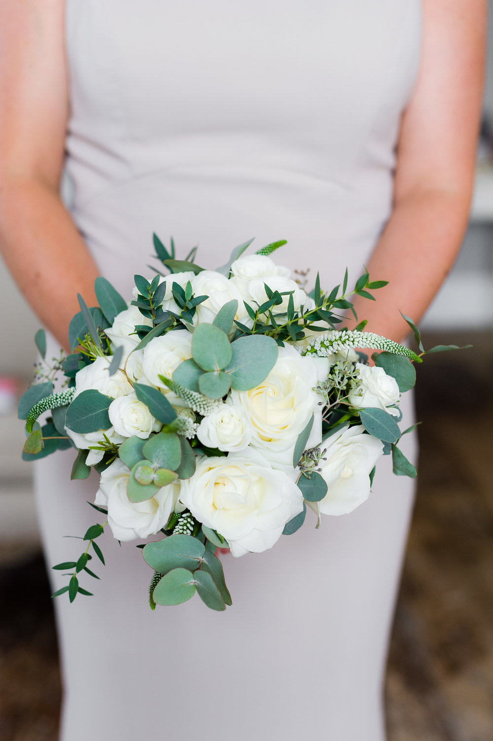 Adult bridesmaid bouquet by Tineke