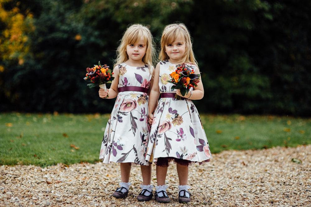 Cute flowergirls boquets by Tineke to Go