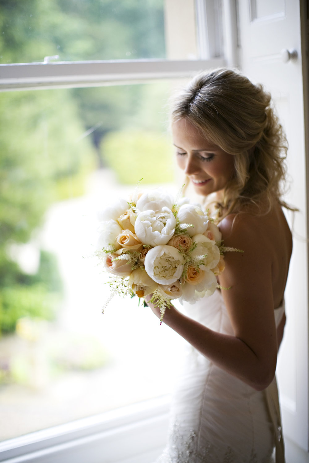 Gemma's bridal bouquet by Tineke