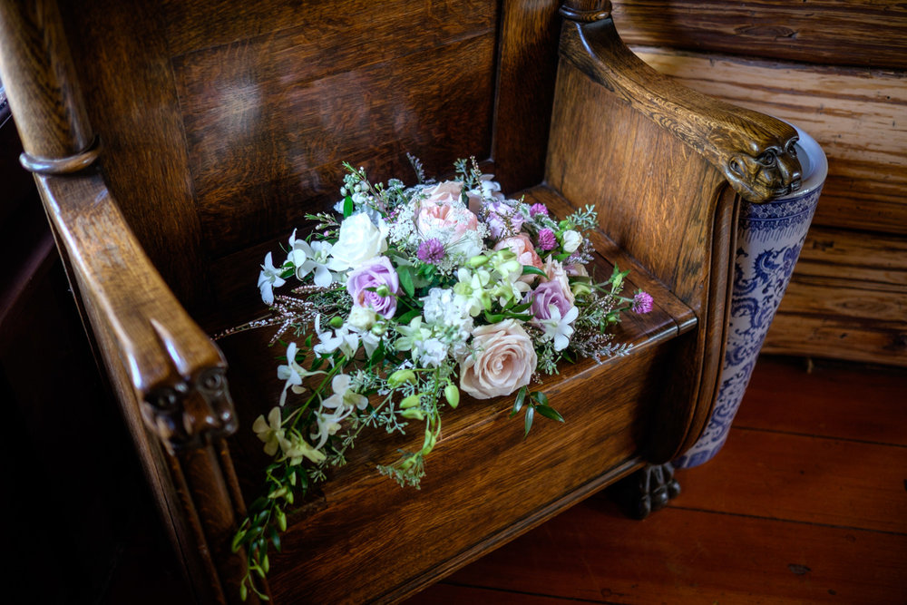 Bride's bouquete at Stout's Island Lodge in Brichwood, Wisconsin