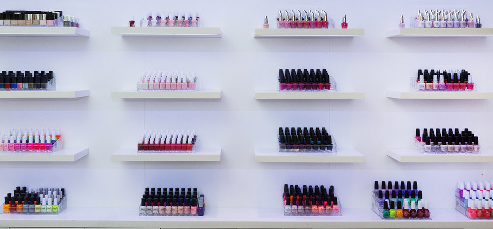 032_Relux_Nail_Wall.jpg