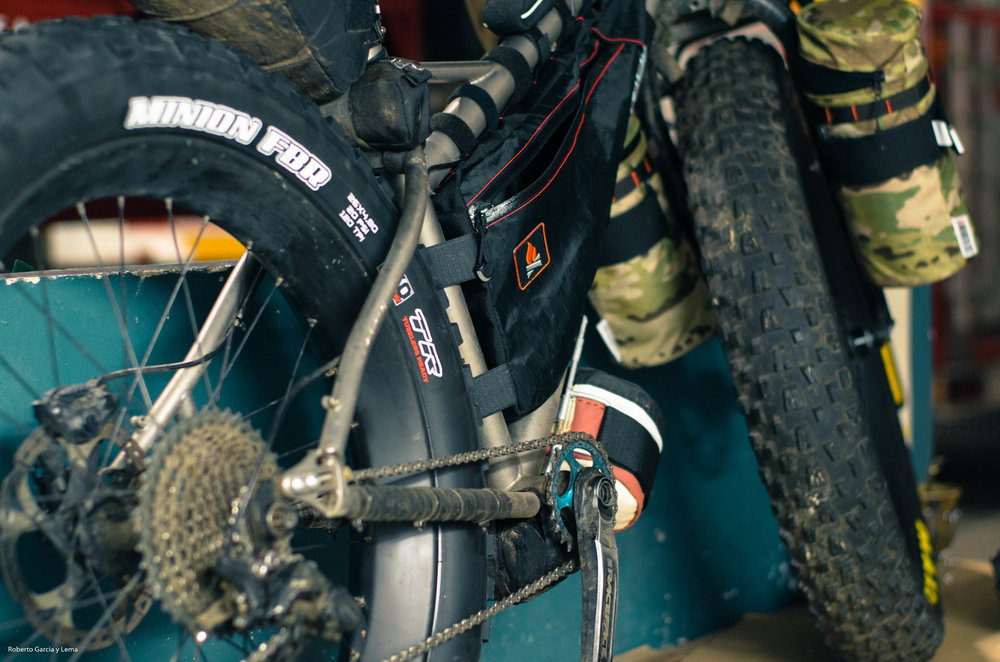 wanderlust gear divide frame bag roberto fat bike