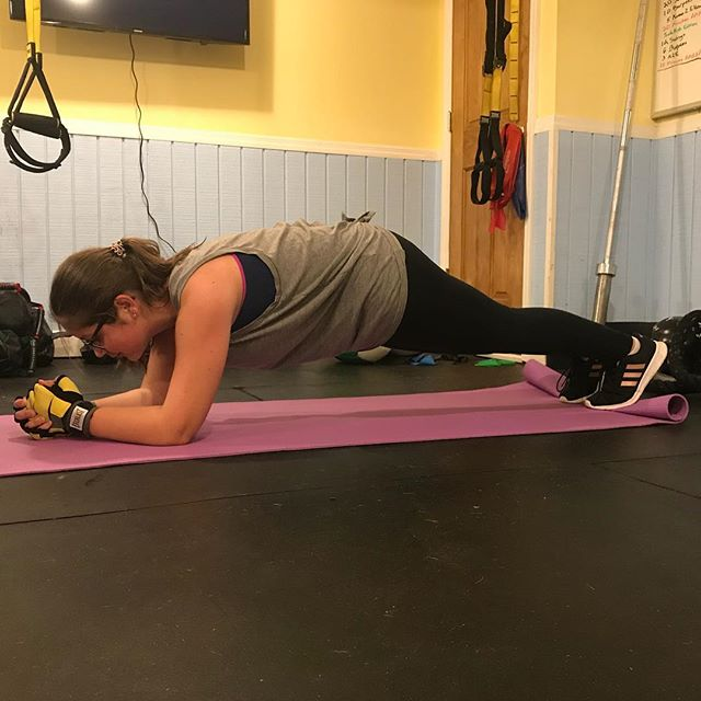 Awesome planking by Jenna! A strong core is vital for protecting ourselves against back pain and the plank is just one way to do that!  #personaltrainer #personaltraining #nyc #statenisland #statenislandpersonaltrainer #statenislandgyms #Ironborne #IronborneFitness #fitness #fitnessmotivation #fitfam #fitspo #fitspiration
