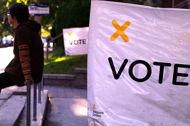 By knehcsg (Ontario Election  Uploaded by Skeezix1000) [CC BY-SA 2.0 (http://creativecommons.org/licenses/by-sa/2.0)], via Wikimedia Commons