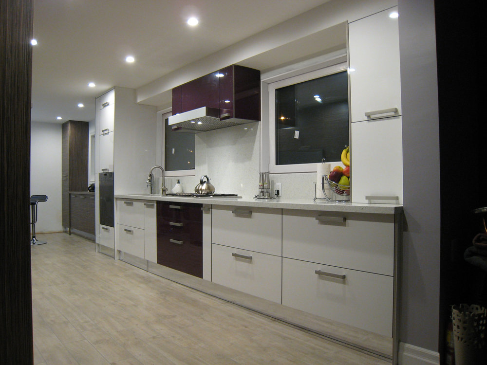 Kitchen 2 Pic 1.JPG