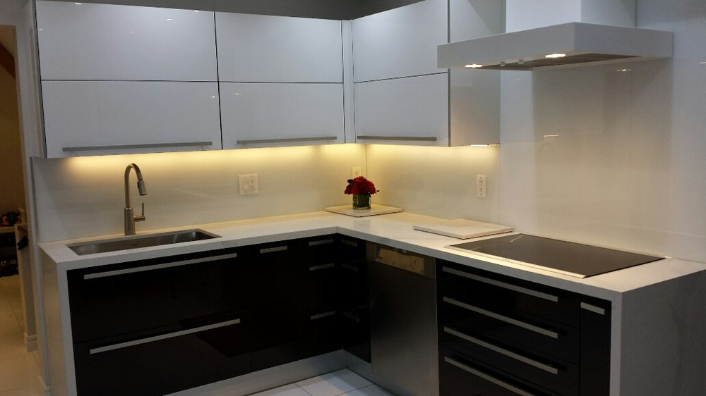Kitchen 3 Pic 4.jpg