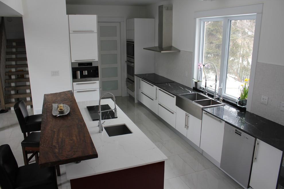 Kitchen 7 Pic 1.jpg