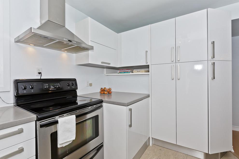 Kitchen 8 Pic 2.jpg