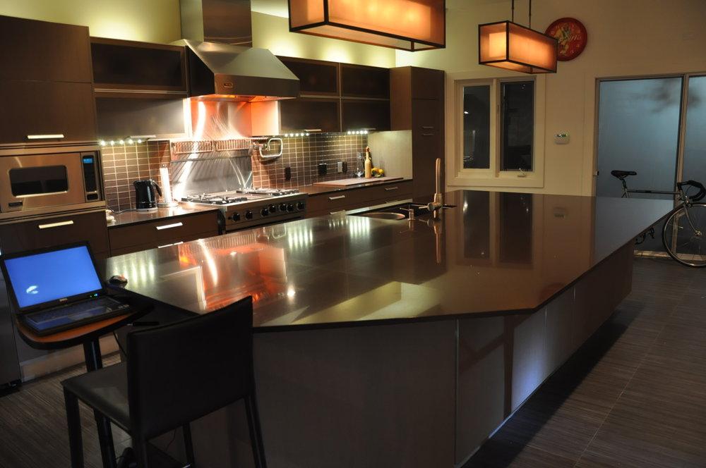 Kitchen 10 Pic 1.jpg