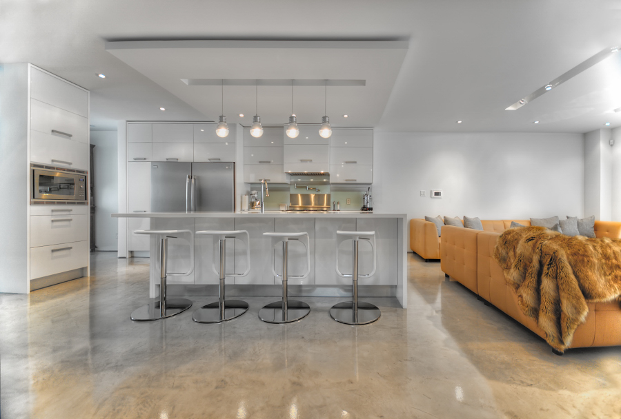 Kitchen 21 Pic 2.JPG