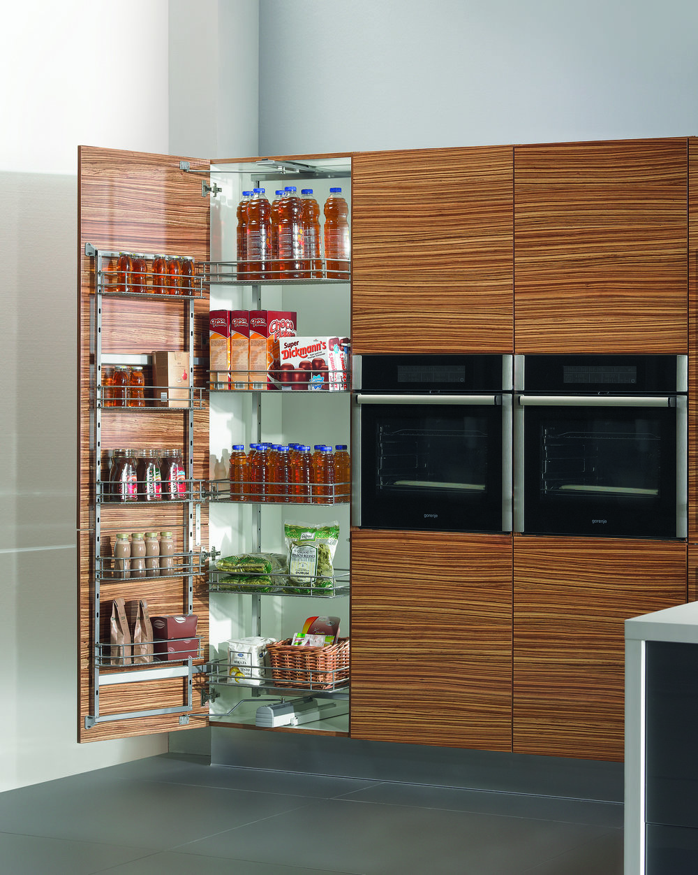 Pull-out Pantry 1.jpg