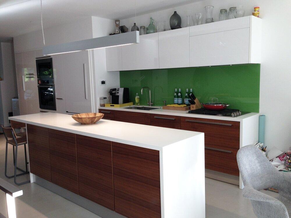 Kitchen 22 Pic 4.JPG