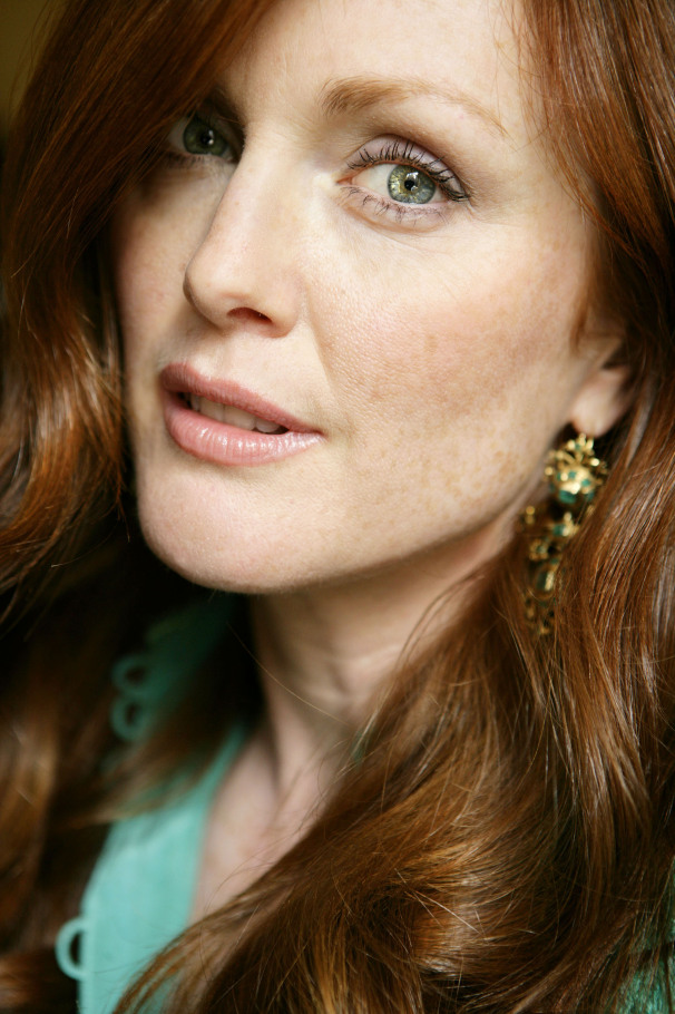 Julianne Moore | actor | The Boston GLobe