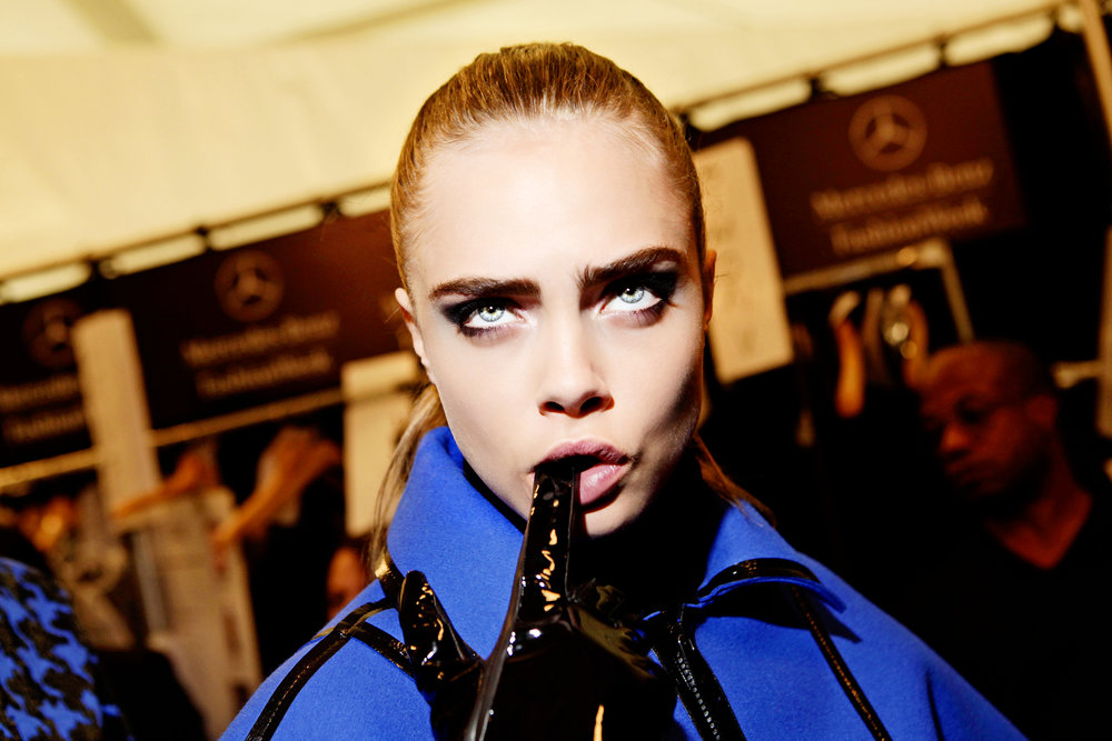 Cara Delevingne being cheeky backatage at Michael _Kors_mg_5688.jpg