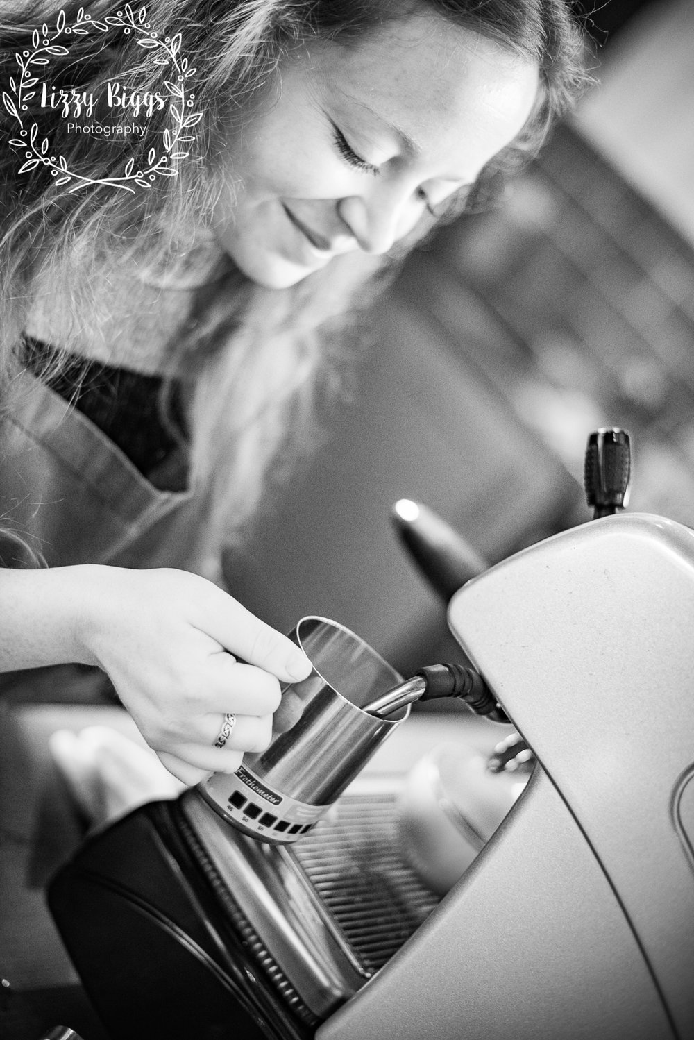 Lizzy-Biggs-Photography-Sarah-Making-Coffee-Festival-Coffee.JPG