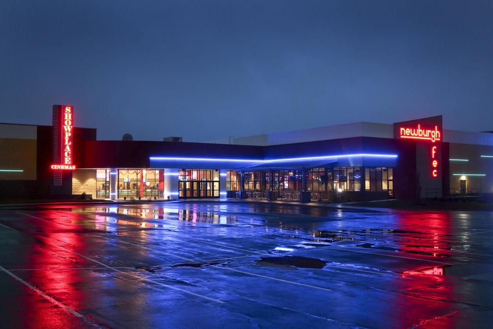 Showplace Family Entertainment Center - Newbrugh, Indiana