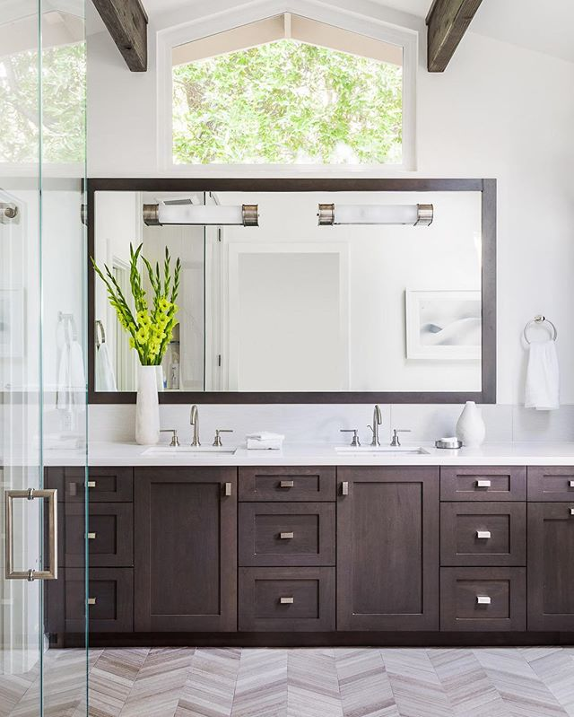 A lovely first sight when you've rolled out of bed... (Photo cred @daviddlivingston ) #interiors #vanity #masterbath #masterbathroom #herringbone #herringbonetile #herringbonefloor #lovethehomeyourewith #pursuepretty #outsidein #calming #calmness #calm