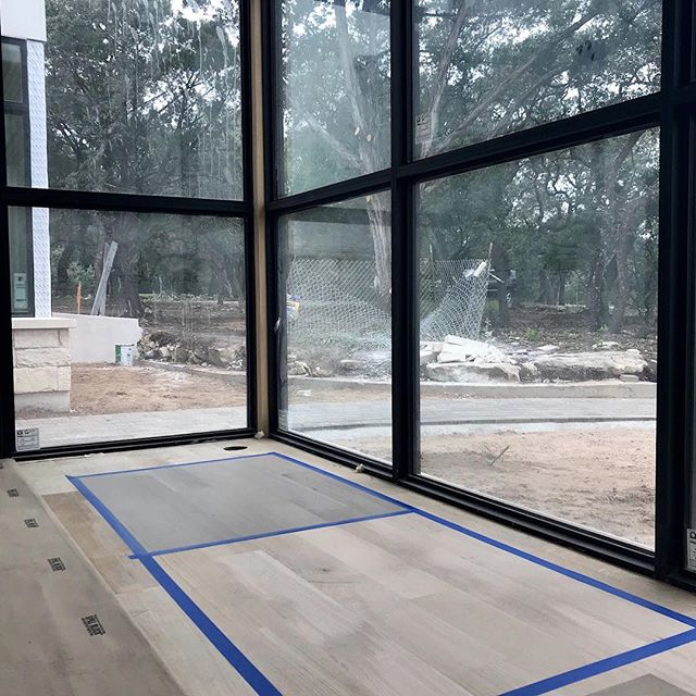 Hmm... which wood stain to pick... #pursuepretty #oakfloors #newhome #newhouse #architecturelovers #architecture #interiors #windows #austin #austintx #interiordesign #austininteriors #austininteriordesigner