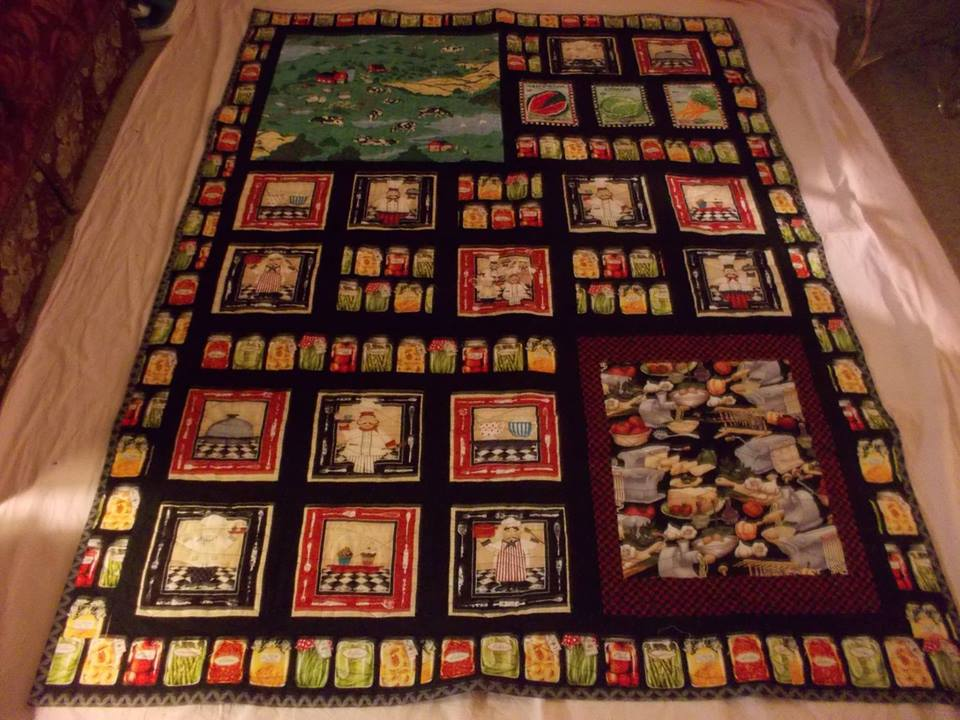 Sharon Henrie Lake made this produce themed quilt - great for that guy who loves raising things!