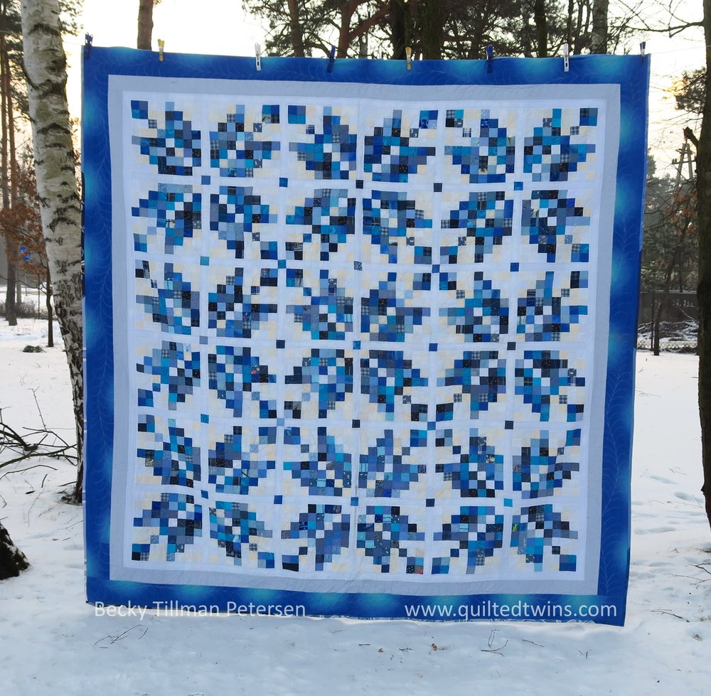 Norwegian Snowflakes - a free pattern  here .