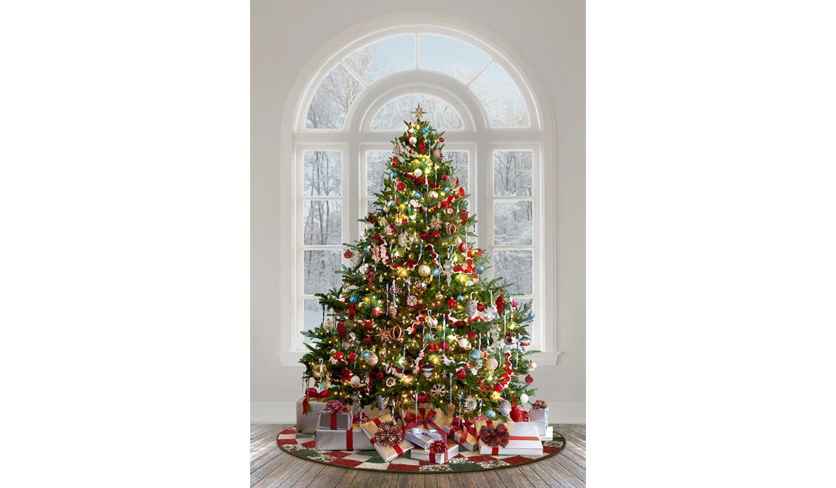 Nick-1 Yard panel-Hoffman Fabrics-Christmas-Santa-Tree-Presents Jolly Old St