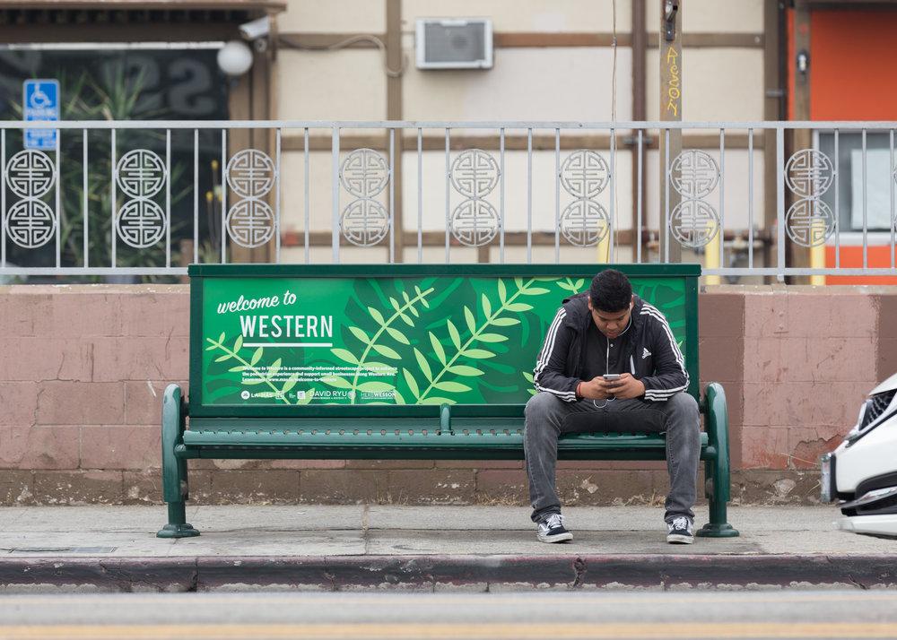 LA-Más_Western_BusBench_01.jpg