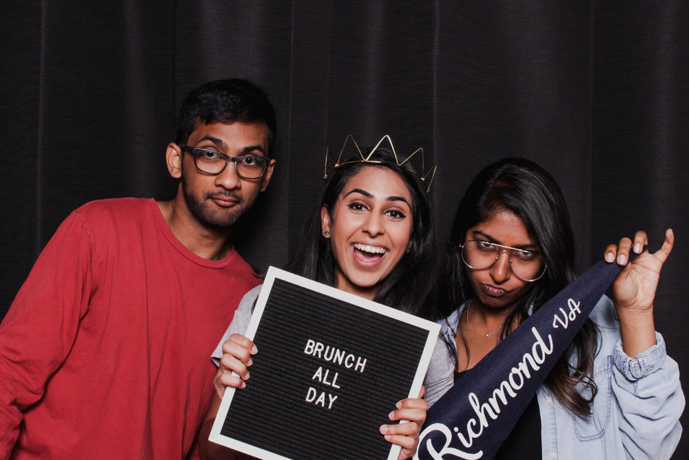 brunch market photobooth